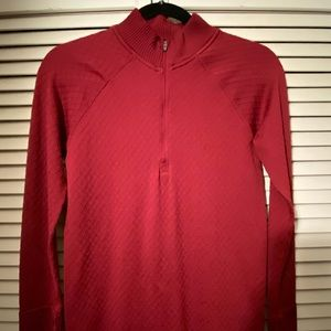 Lululemon half zip. Raspberry.